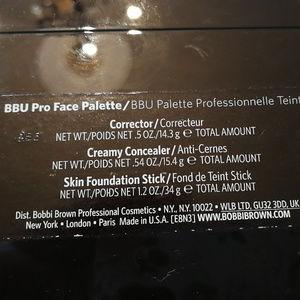 Bobbi Brown Makeup - Bobbi Brown BBU Pro Face Palette
